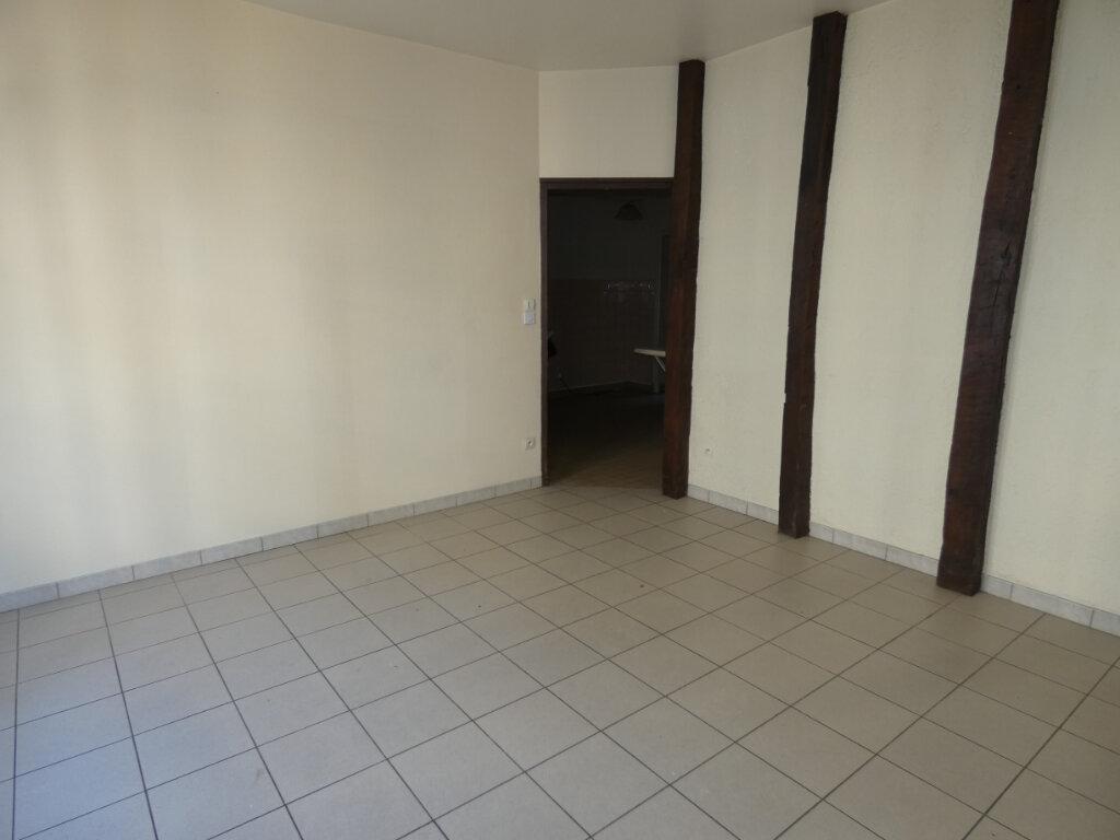 Appartement à louer 3 53m2 à Château-Thierry vignette-7