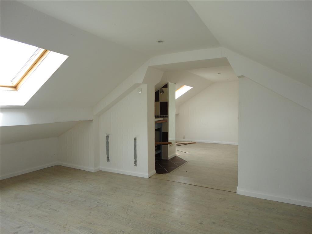 Maison à vendre 7 110m2 à Château-Thierry vignette-9
