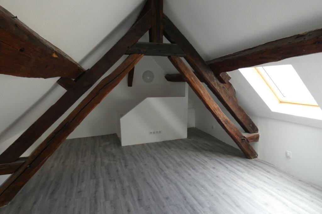 Appartement à louer 2 25.5m2 à Château-Thierry vignette-2