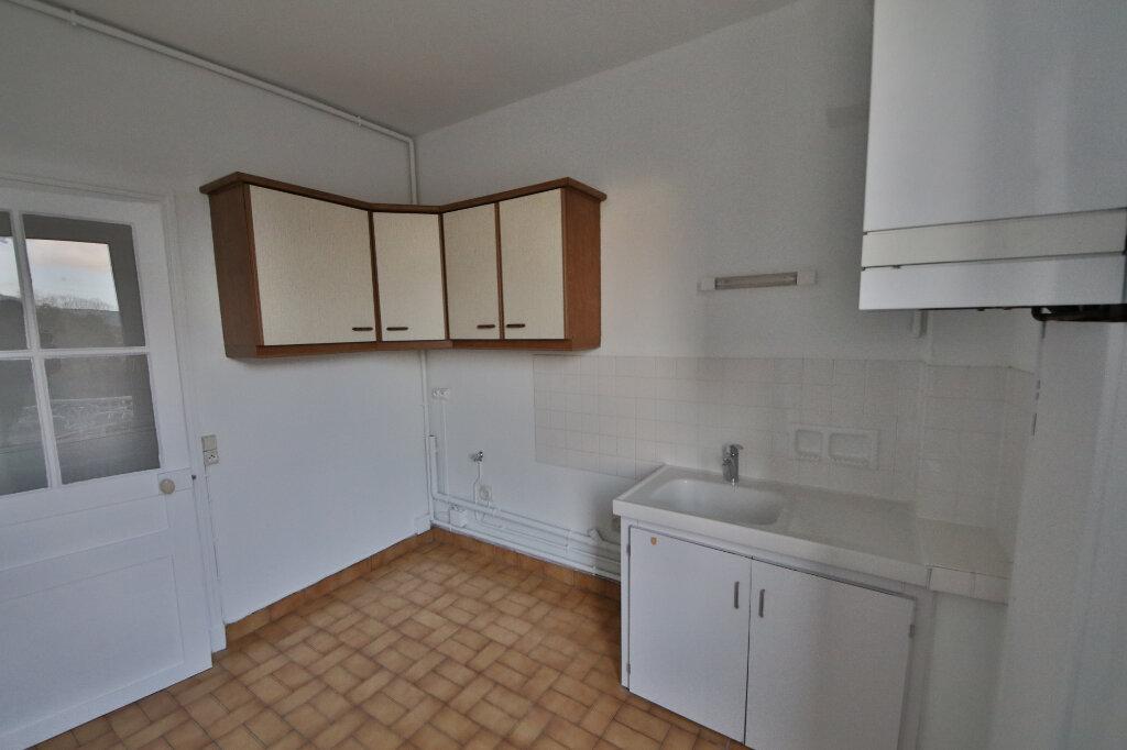 Appartement à louer 3 61m2 à Château-Thierry vignette-6