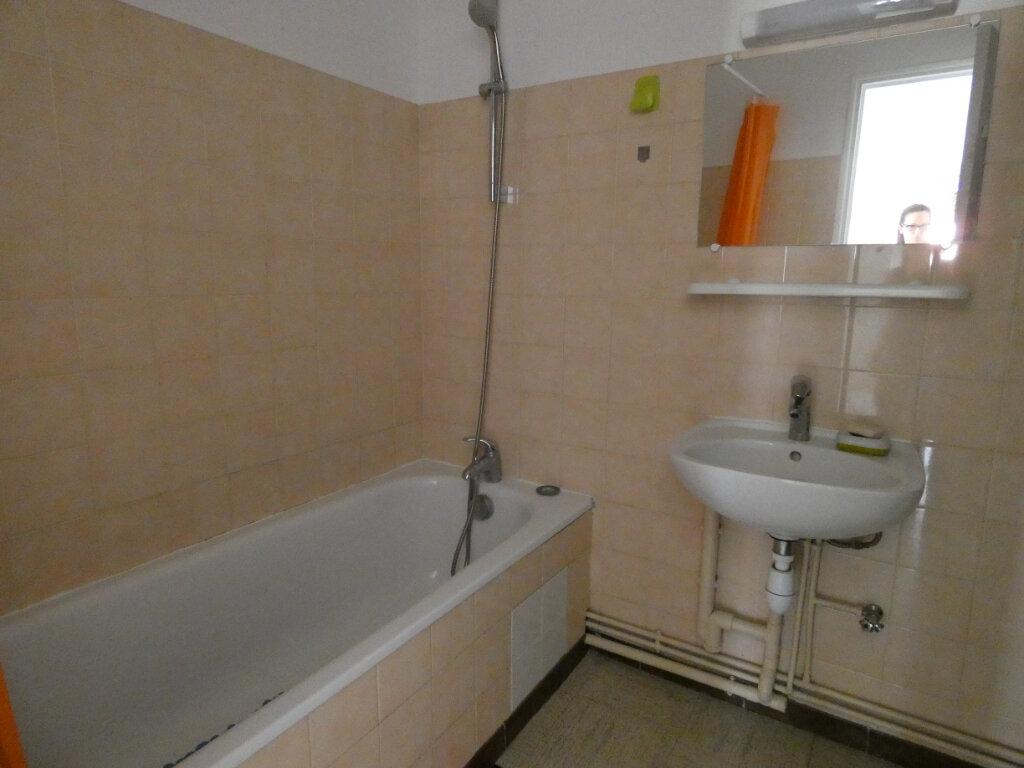 Appartement à louer 2 56.5m2 à Saâcy-sur-Marne vignette-5