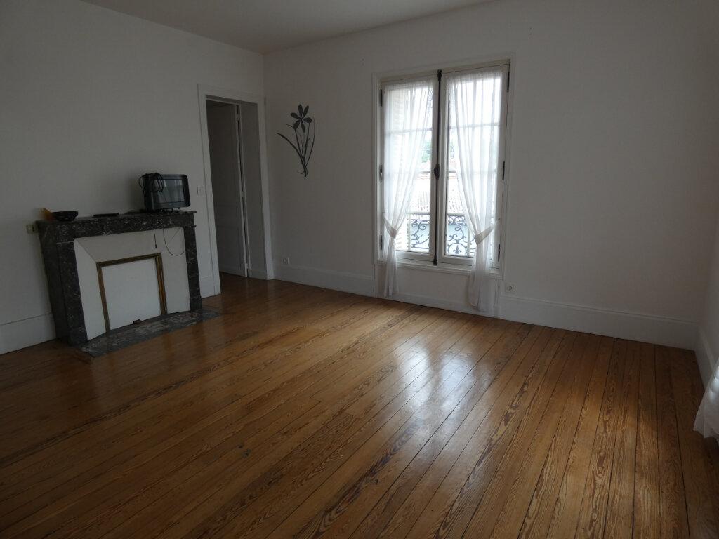 Appartement à louer 3 58.83m2 à Charly-sur-Marne vignette-1
