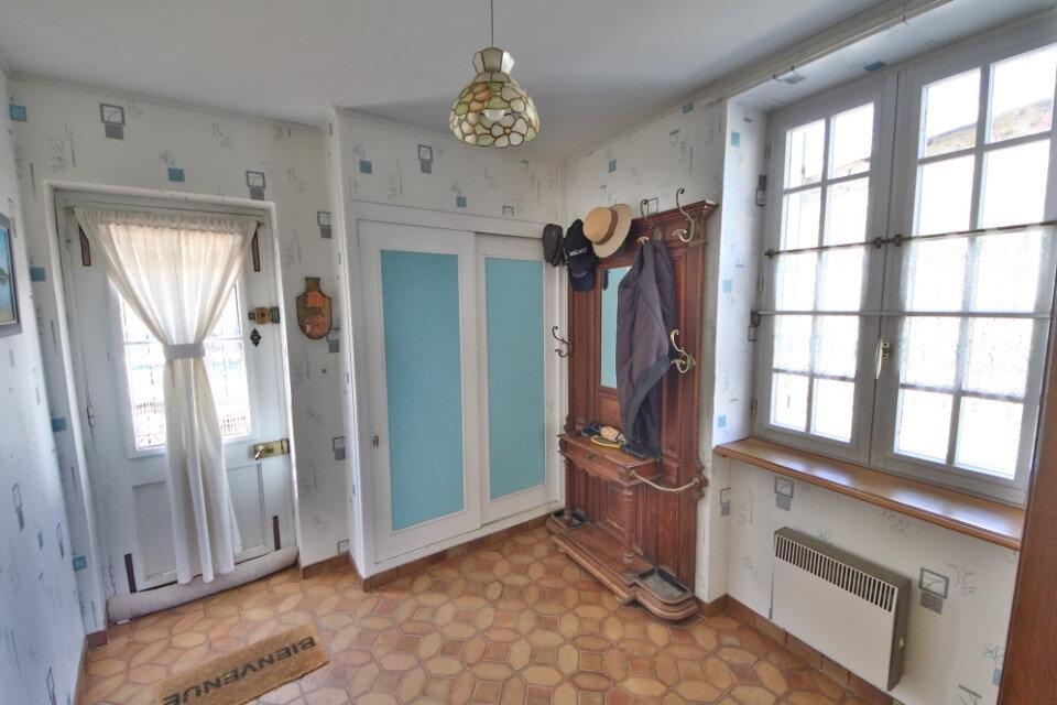 Maison à vendre 5 127m2 à Essômes-sur-Marne vignette-6