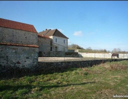Maison à vendre 6 230m2 à Château-Thierry vignette-1
