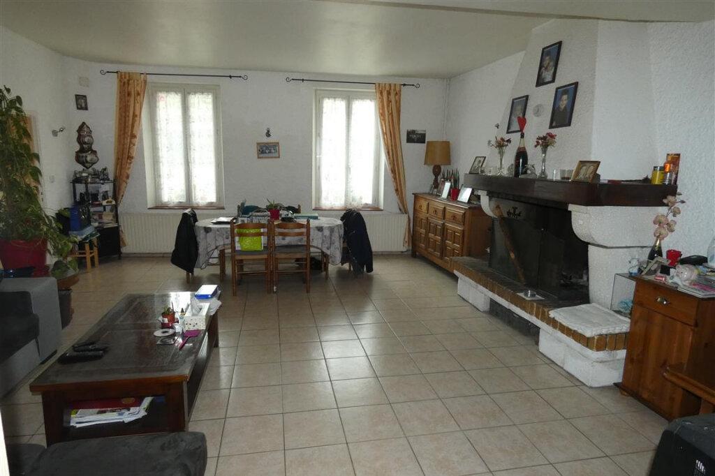 Maison à vendre 8 192.8m2 à Essômes-sur-Marne vignette-2