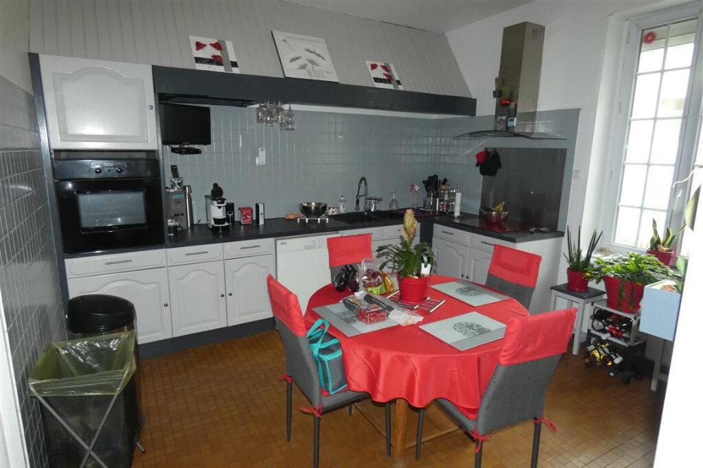 Maison à vendre 8 192.8m2 à Essômes-sur-Marne vignette-3