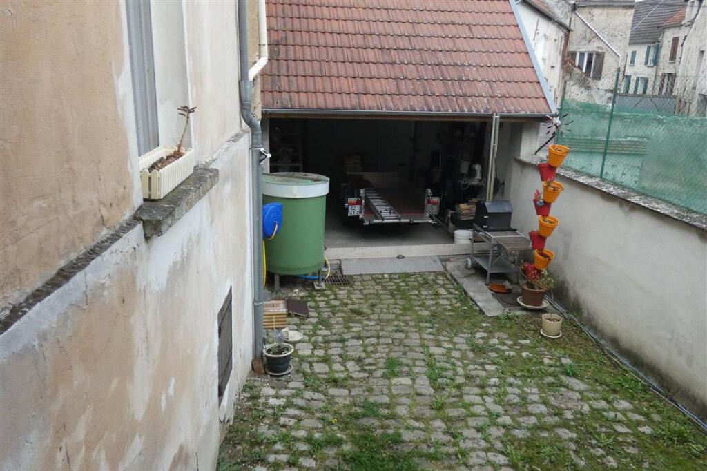Maison à vendre 8 192.8m2 à Essômes-sur-Marne vignette-7