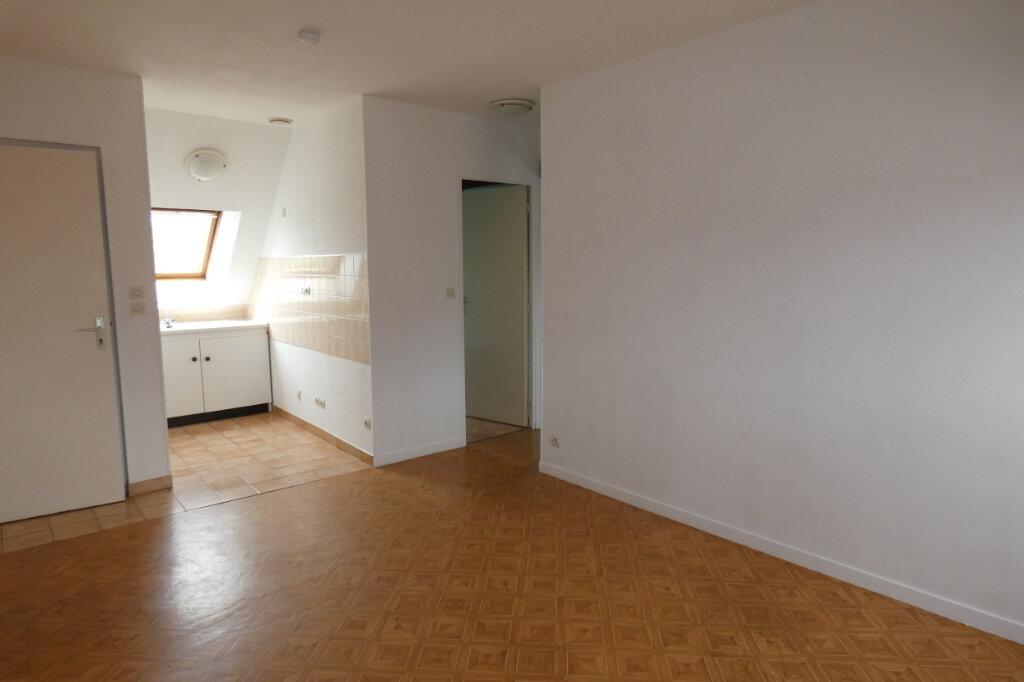 Appartement à louer 3 35.45m2 à Charly-sur-Marne vignette-1