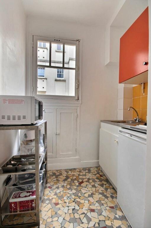 Appartement à louer 1 25m2 à Paris 14 vignette-3