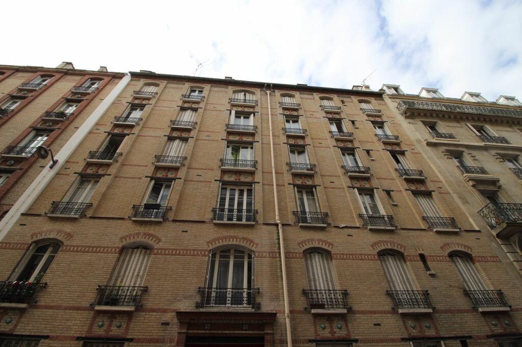 Appartement à louer 1 29.56m2 à Paris 14 vignette-1