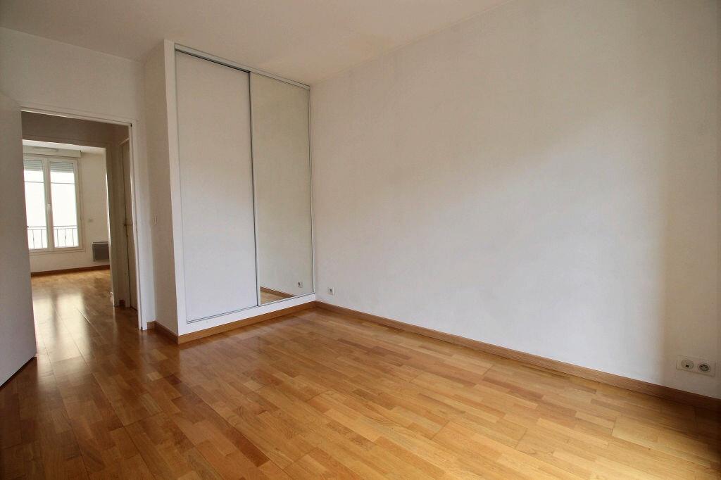 Appartement à louer 3 56.43m2 à Malakoff vignette-1