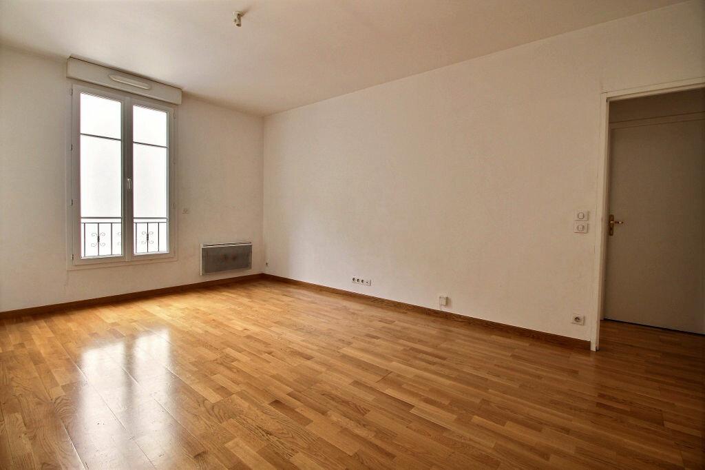 Appartement à louer 3 56.43m2 à Malakoff vignette-2