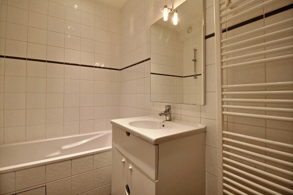 Appartement à louer 3 56.43m2 à Malakoff vignette-6