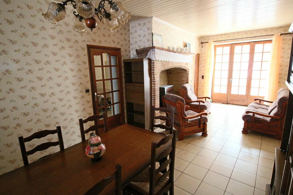 Maison à vendre 5 207m2 à Caussade vignette-2