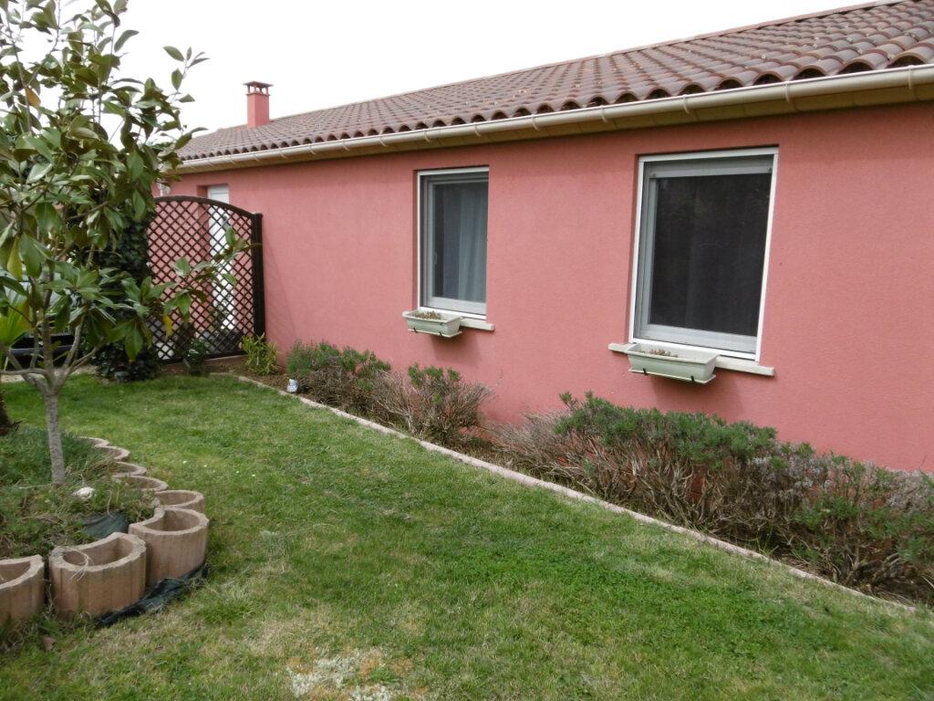 Maison à louer 5 120m2 à Montbartier vignette-6
