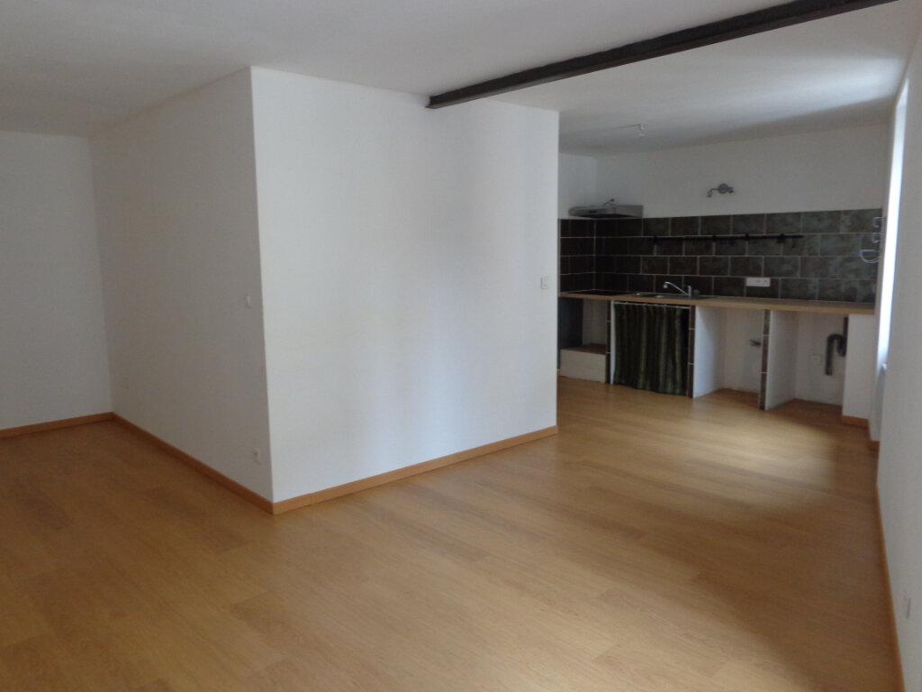 Appartement à louer 3 64.4m2 à Caussade vignette-2