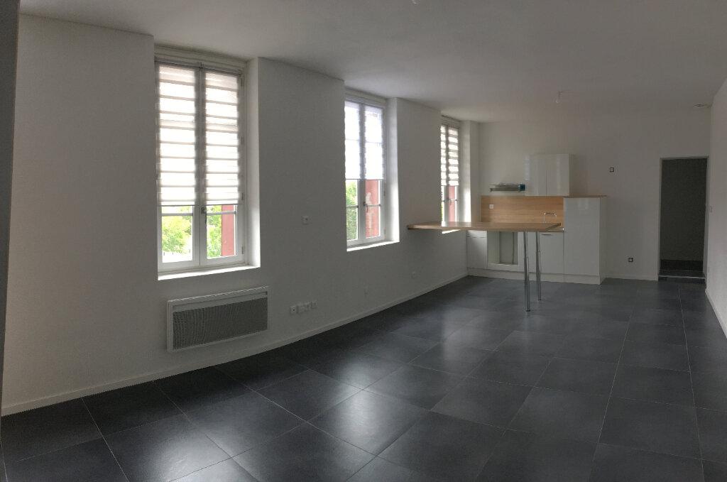 Appartement à louer 3 75m2 à Montauban vignette-2