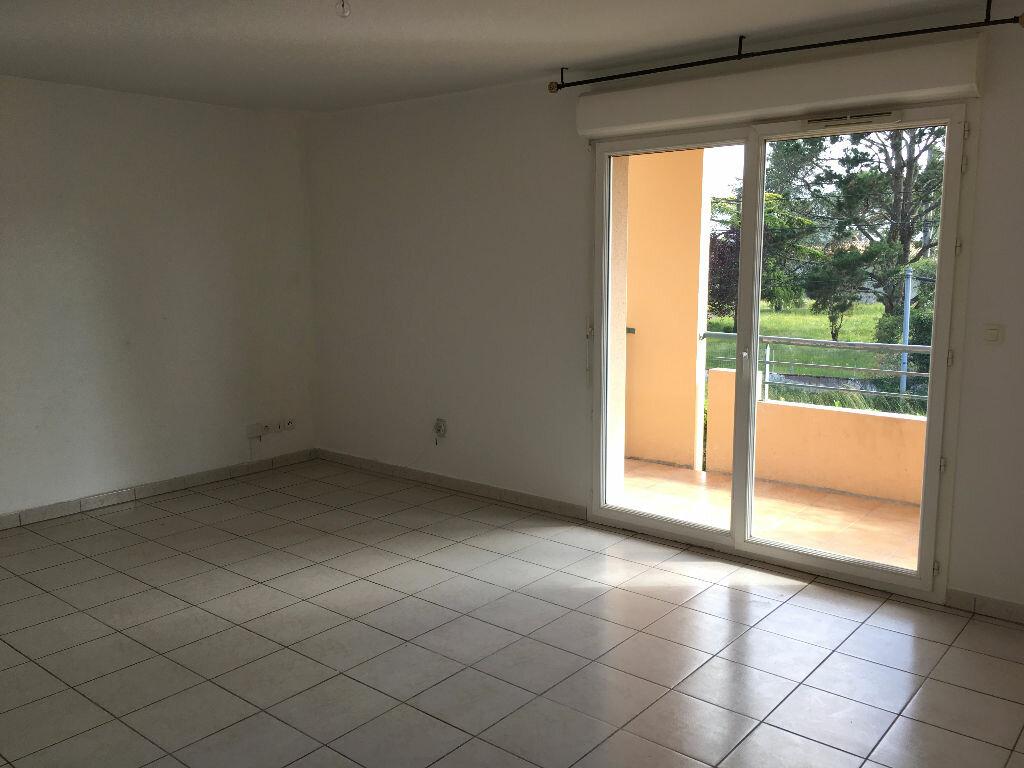 Appartement à louer 3 61m2 à Montauban vignette-1