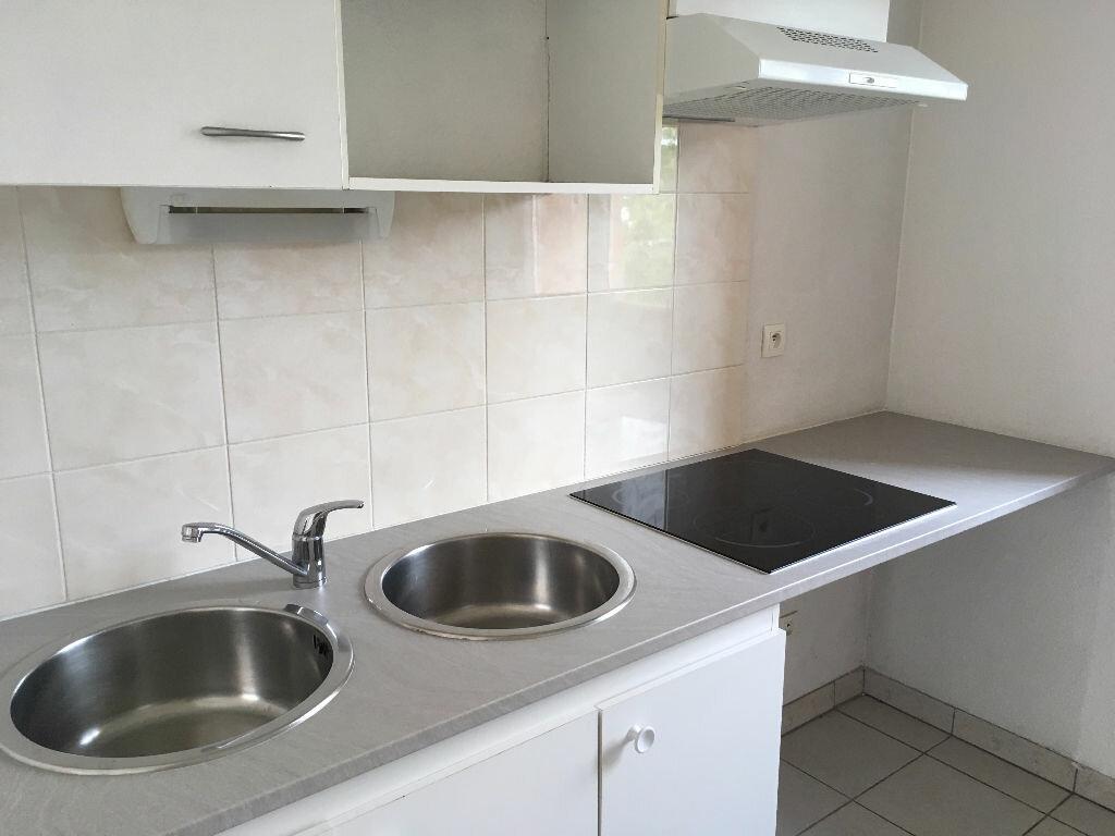 Appartement à louer 3 61m2 à Montauban vignette-2