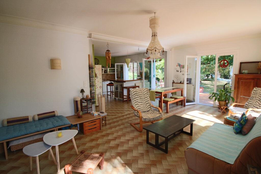 Maison à vendre 4 105m2 à Saint-Étienne-de-Tulmont vignette-3