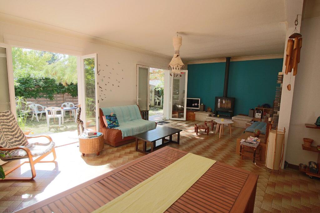 Maison à vendre 4 105m2 à Saint-Étienne-de-Tulmont vignette-5
