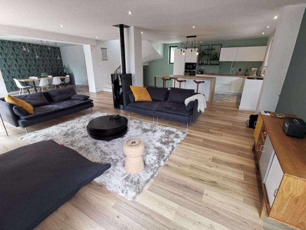 Maison à louer 5 140m2 à Montauban vignette-1