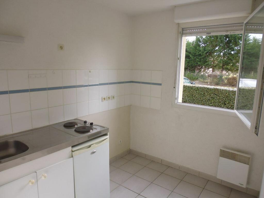 Appartement à louer 2 47m2 à Caussade vignette-5