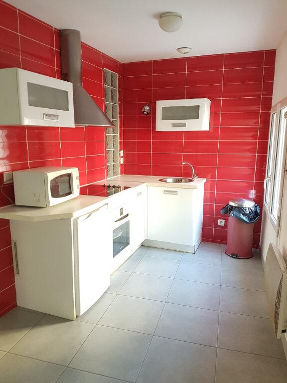 Appartement à louer 1 38m2 à Aire-sur-l'Adour vignette-2
