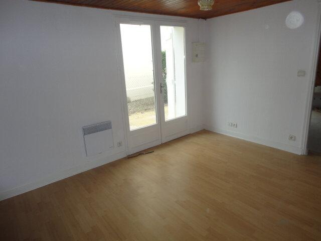Appartement à louer 2 35m2 à Aire-sur-l'Adour vignette-3