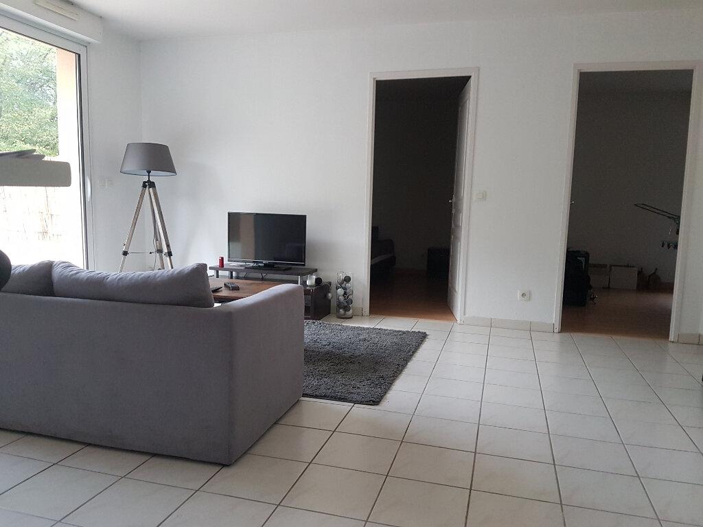 Appartement à louer 3 57m2 à Aire-sur-l'Adour vignette-3
