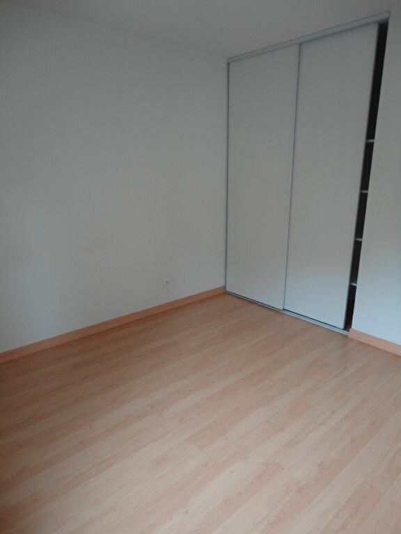 Appartement à louer 3 57m2 à Aire-sur-l'Adour vignette-5