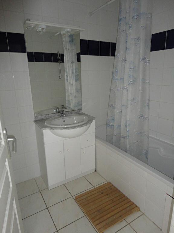 Appartement à louer 3 57m2 à Aire-sur-l'Adour vignette-6