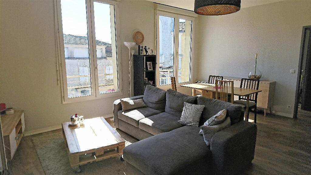 Appartement à louer 2 50m2 à Aire-sur-l'Adour vignette-1