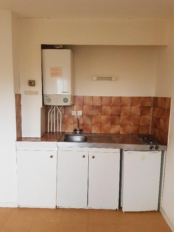 Appartement à louer 1 35m2 à Aire-sur-l'Adour vignette-4