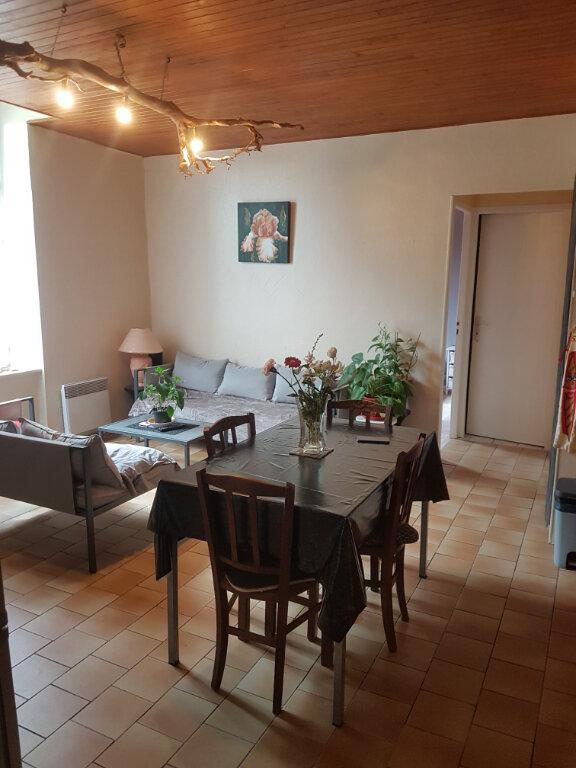 Appartement à louer 3 50m2 à Aire-sur-l'Adour vignette-1