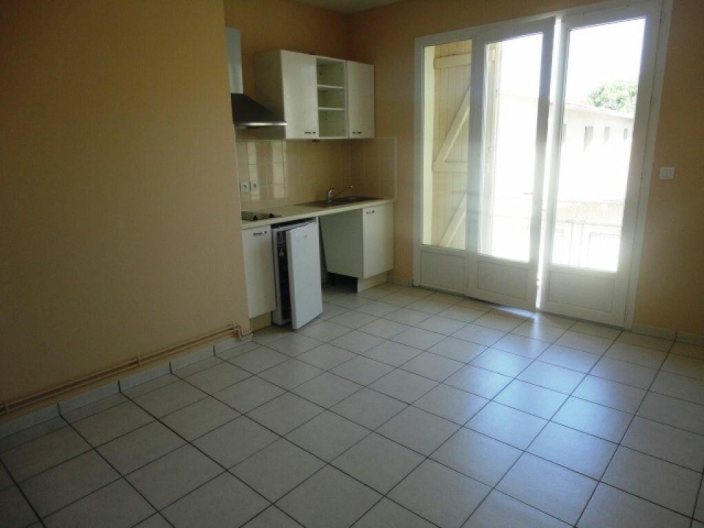 Appartement à louer 2 35m2 à Garlin vignette-1