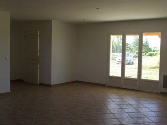 Maison à louer 4 100m2 à Pouydraguin vignette-3