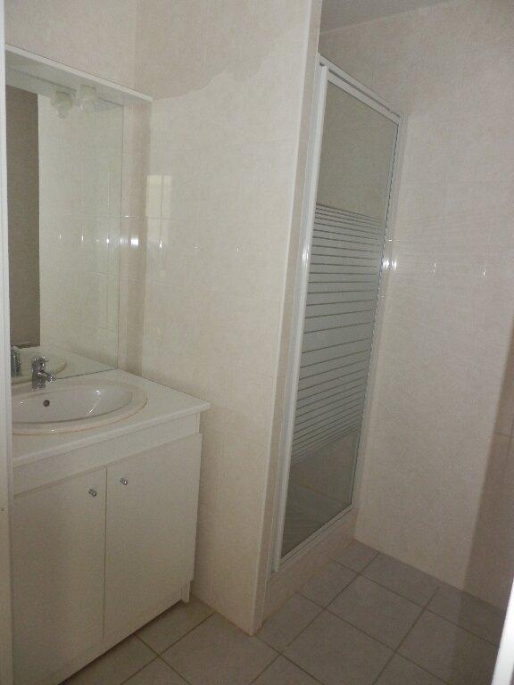 Appartement à louer 3 63m2 à Aire-sur-l'Adour vignette-4