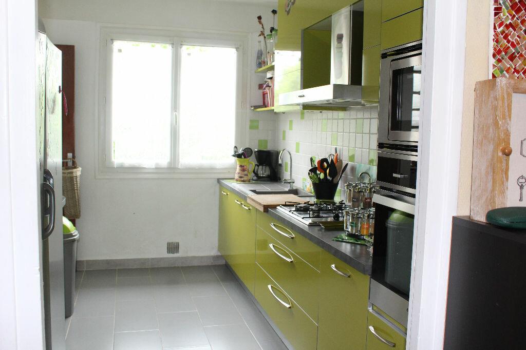 Appartement à louer 3 86m2 à Aire-sur-l'Adour vignette-1