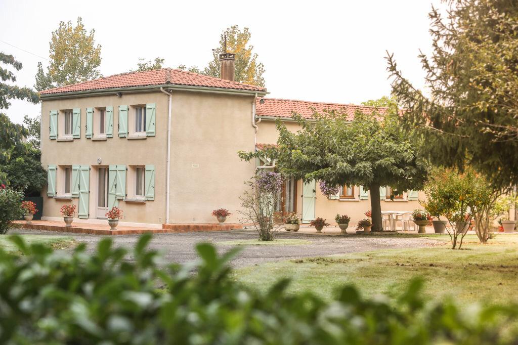 Maison à vendre 7 140m2 à Lanne-Soubiran vignette-1