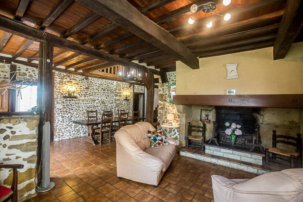 Maison à vendre 6 200m2 à Viella vignette-3