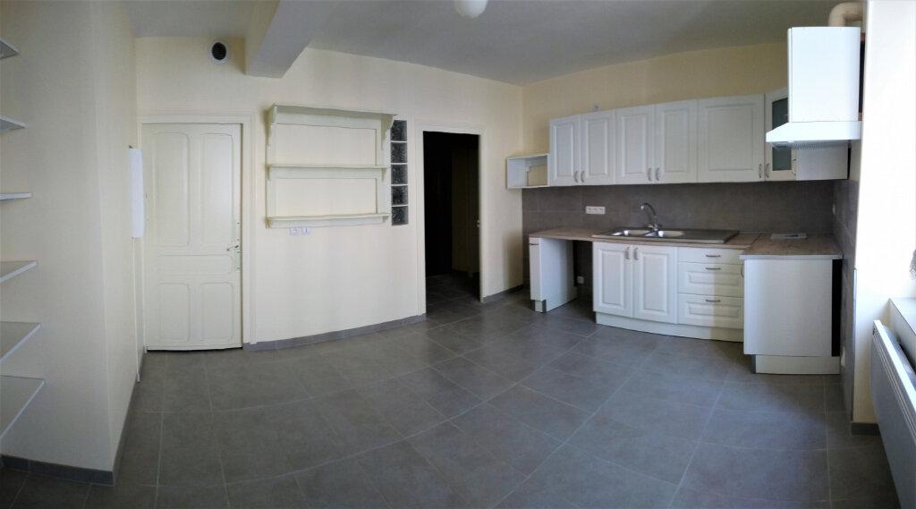 Appartement à louer 2 55m2 à Aire-sur-l'Adour vignette-1