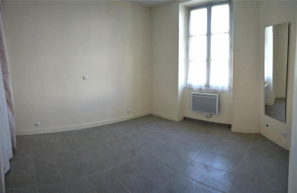 Appartement à louer 2 55m2 à Aire-sur-l'Adour vignette-3