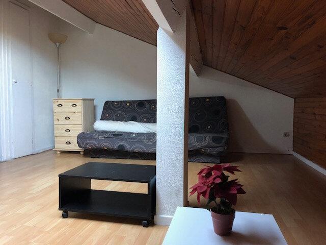 Appartement à louer 1 18m2 à Aire-sur-l'Adour vignette-1