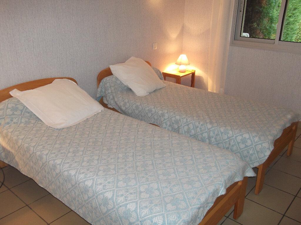 Maison à vendre 3 67m2 à Eugénie-les-Bains vignette-3