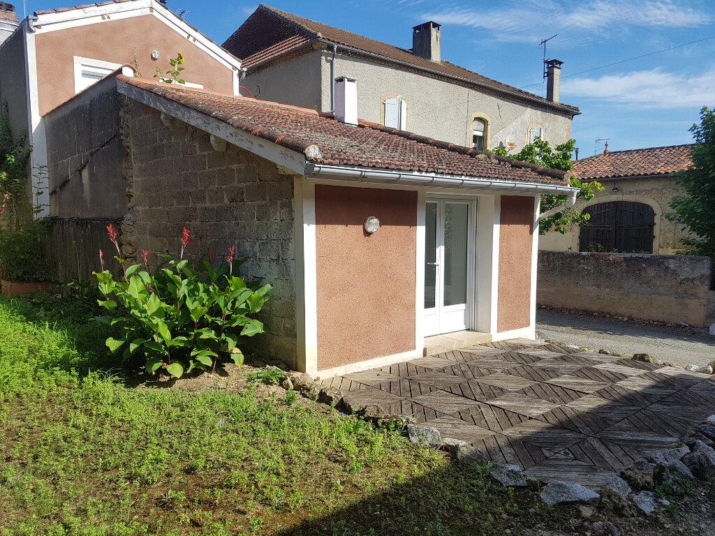 Appartement à louer 2 65m2 à Viella vignette-7