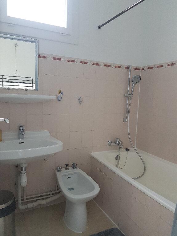 Appartement à louer 1 23m2 à Aire-sur-l'Adour vignette-6