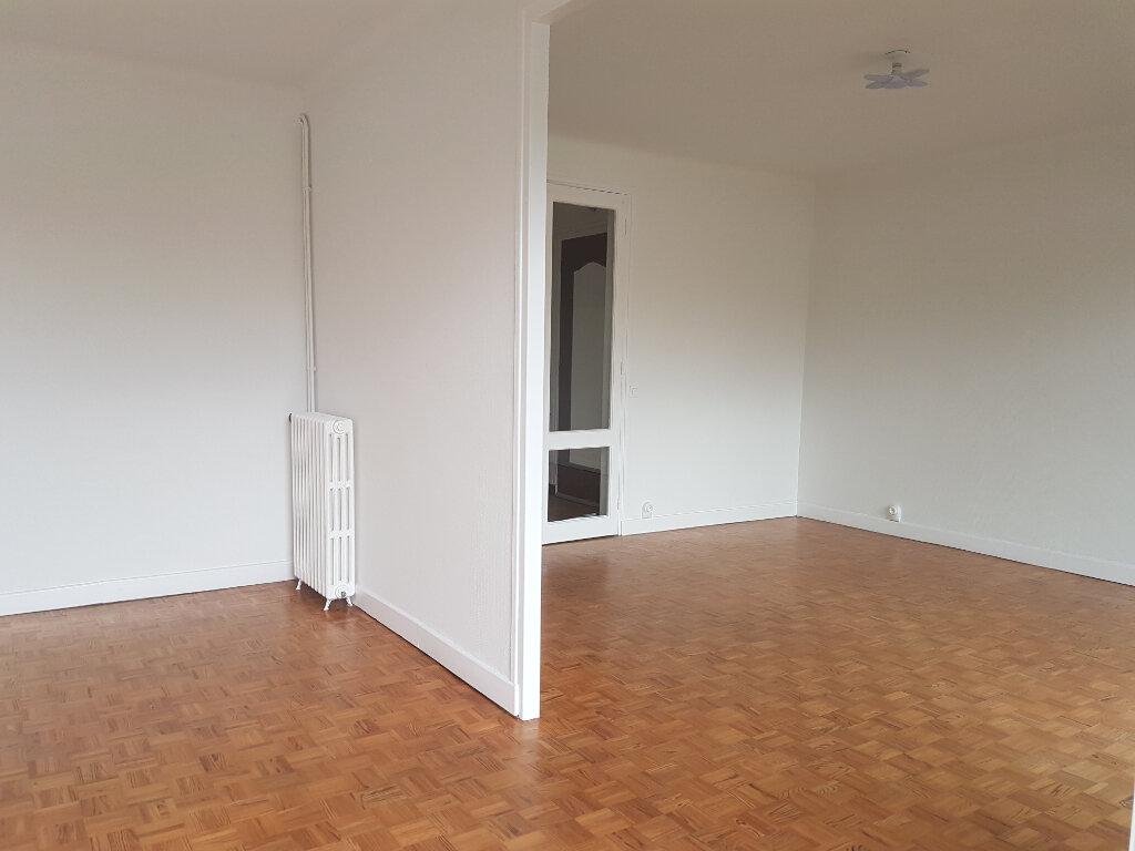 Appartement à louer 3 81m2 à Aire-sur-l'Adour vignette-4