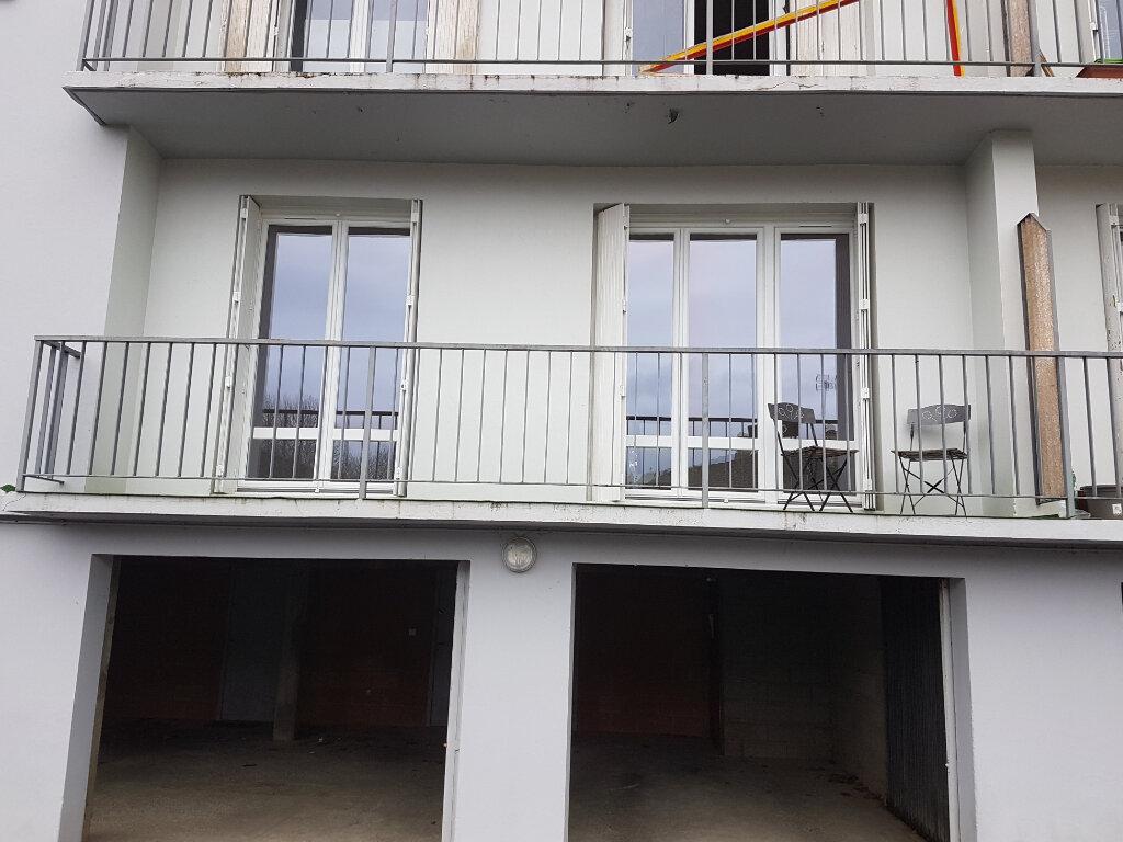 Appartement à louer 3 81m2 à Aire-sur-l'Adour vignette-9