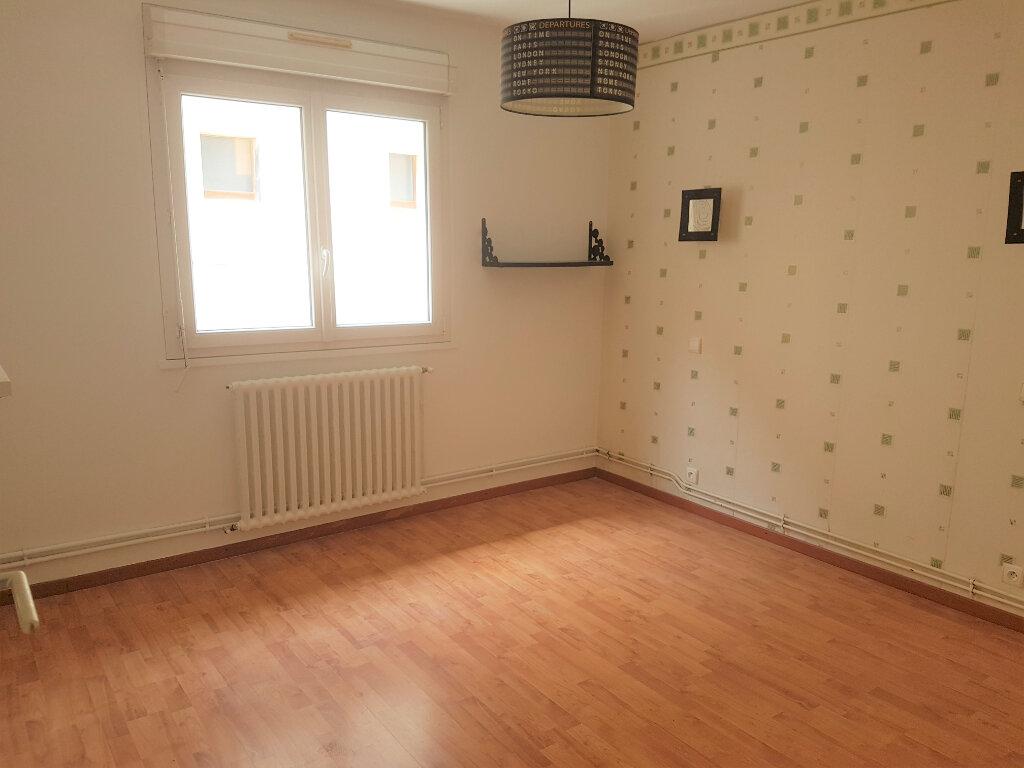 Appartement à louer 3 80m2 à Aire-sur-l'Adour vignette-4